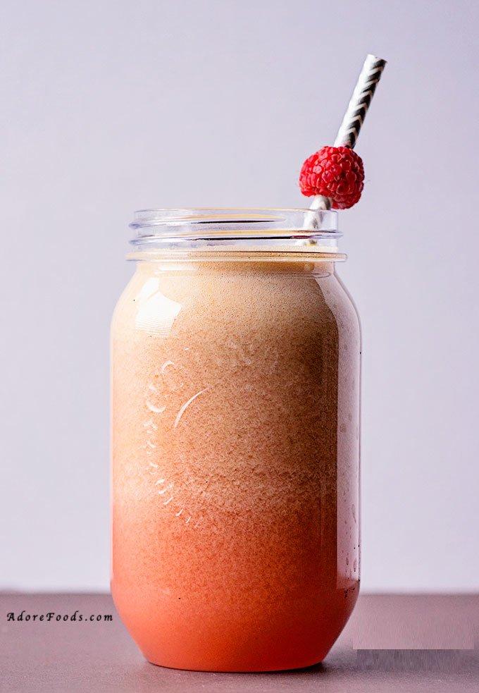 honeydew and orange fresh juice ready to be served