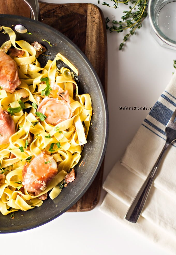 Prosciutto Wrapped Scallops with Fettuccine