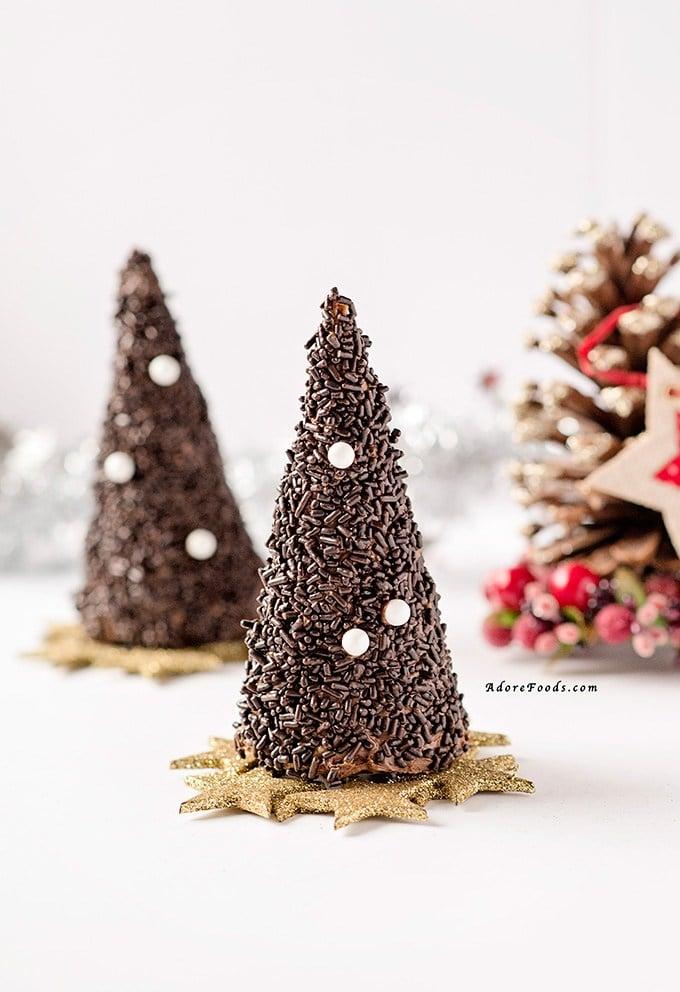 Chocolate Christmas Tree Decorations Asda : Chocolate christmas tree edible pi?ata adore foods