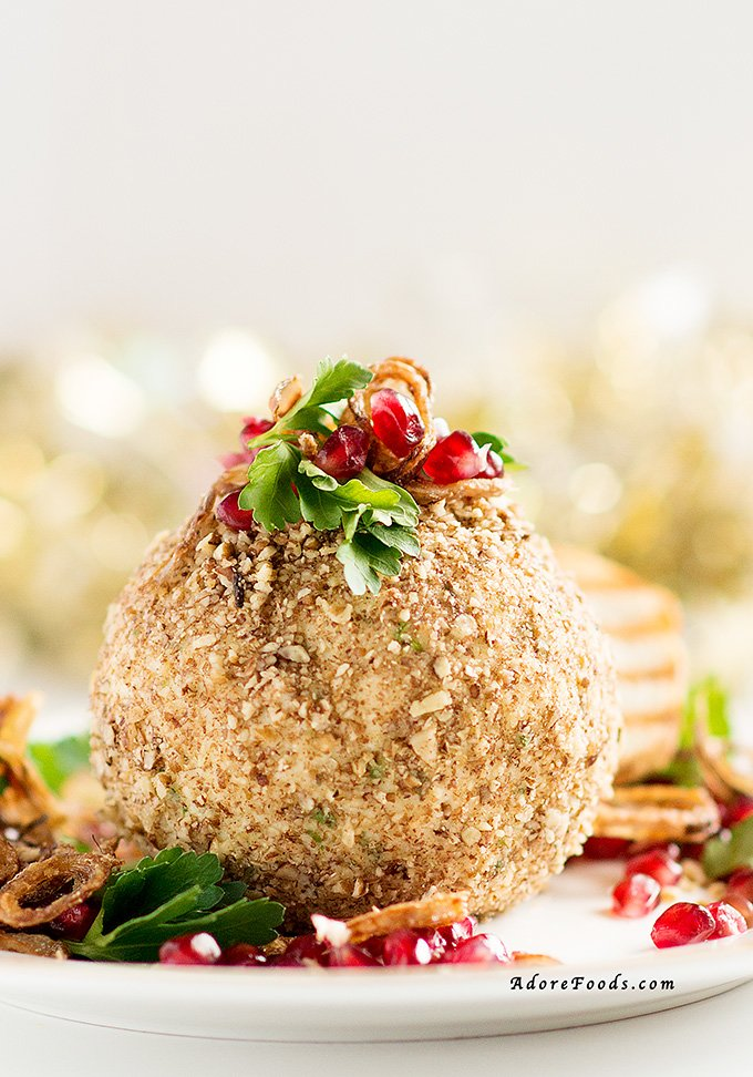 Maple Roasted Pecan Cheese Ball festive appetizer