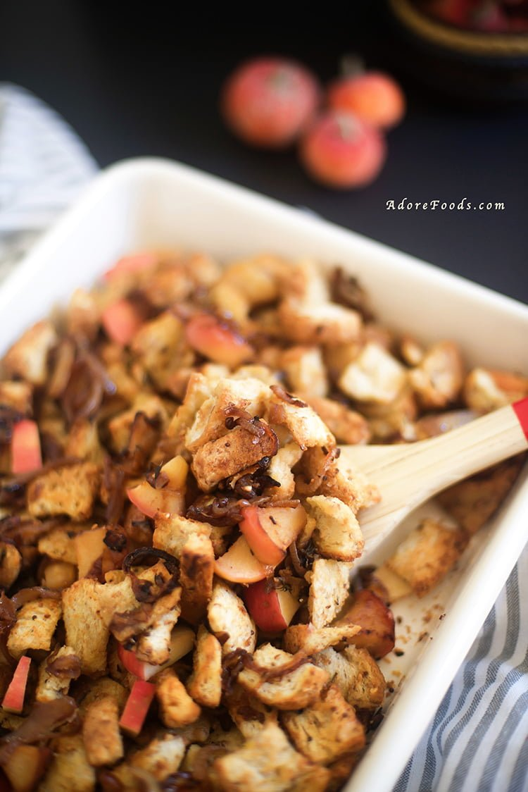 Easy caramelized onion and apple stuffing recipe
